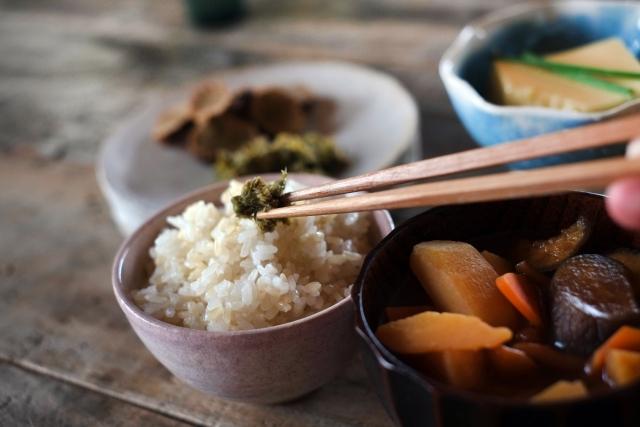 老人ホームで提供される食事形態について